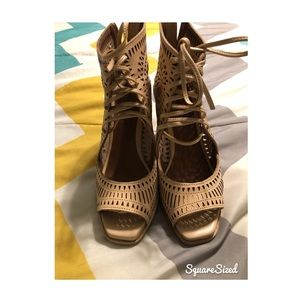 Jeffrey Campbell Rayos Wedges
